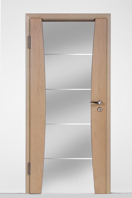huga design sueno t ren. Black Bedroom Furniture Sets. Home Design Ideas